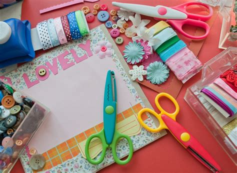 Papercraft Scrapbooking - card ideas for cards persil
