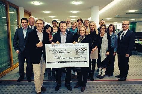 vr bank burghausen mühldorf 1000 spende aus 11 musiknacht m 252 hldorfer musiknacht