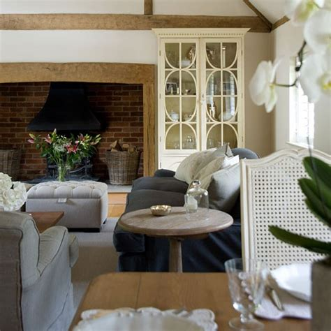country homes and interiors dining area be inspired by a buckinghamshire cottage