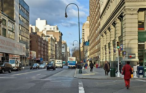 Silplate New City 2005 file nyc 14th looking west 12 2005 jpg wikimedia commons