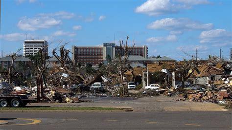 Tuscaloosa Records File Tornado Damage 2011 Tuscaloosa Al Usa Jpg