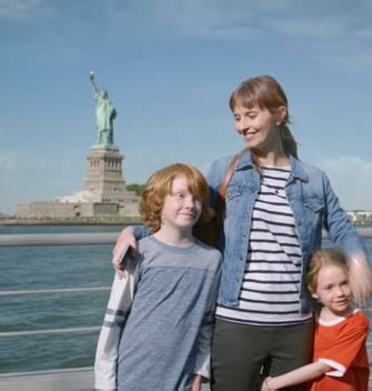 liberty mutual commercial actress holding coffee gs p beats mccann grey and havas to win liberty mutual