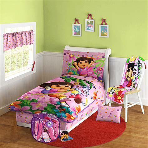 gambar kamar tidur anak perempuan dengan tema kartun