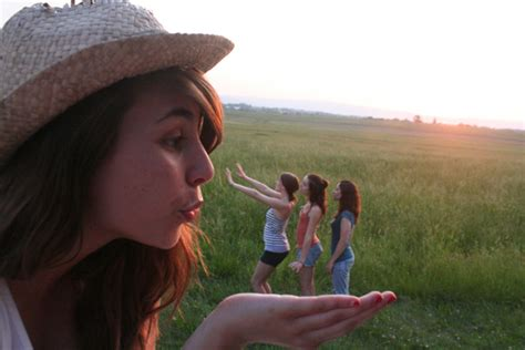This Was Not Trick Photography by 20 Inspirational Forced Perspective Photography Free