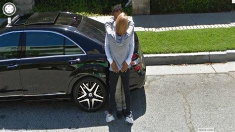 imagenes impactantes de google street view si ves pasar un auto de quot street view quot de google por favor