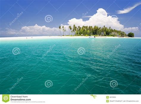 tropical island paradise tropical island paradise stock images image 4973304