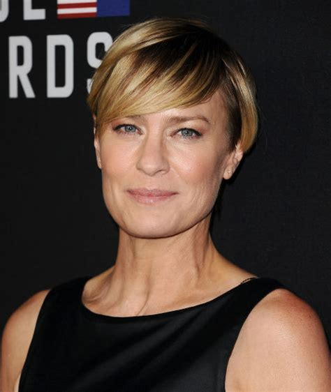 robin wright s hair color change in house of cards 35 best pixie cuts on celebrities chic pixie hairstyle