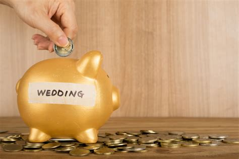 How To Save Money On A Wedding by 10 Ways To Save Money On Catering At Your Wedding