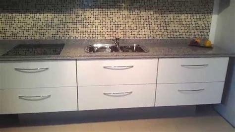 muebles de cocina alacenas mueble de cocina suspendido alacenas vidrio blanco