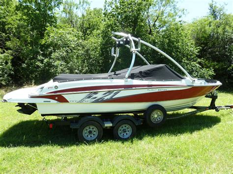 used wakeboard boats dallas bayliner 215 f 21 wakeboard ski boat 4 rent to go in texas