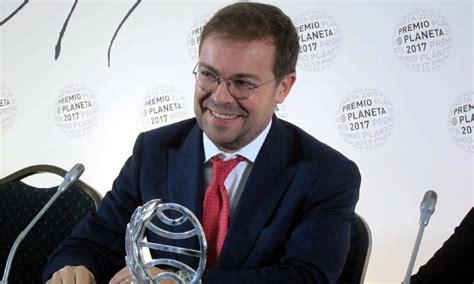 el fuego invisible premio 8408178946 javier serra gana el premio planeta con la novela el fuego invisible noticias hola com