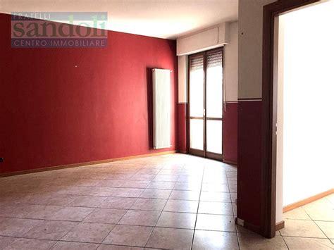 appartamenti affitto vercelli appartamento in affitto a vercelli cod 2064