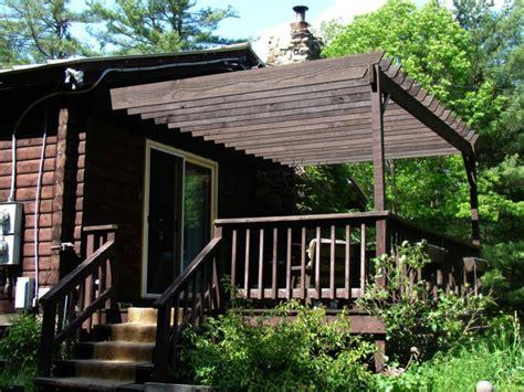 Gartenhaus Mit Veranda Holz by Gartenhaus Mit Veranda Auf Der Suche Nach Gem 252 Tlichkeit