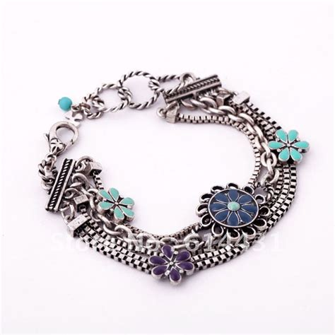 Vintage Accessories by Fashionable Accessories For Fashionable