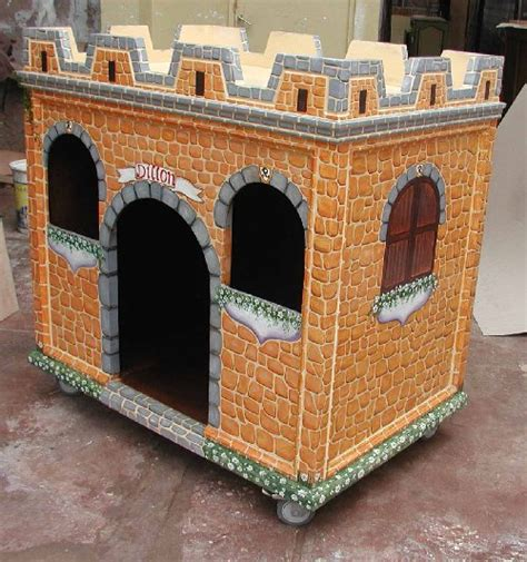 castle dog house renaissance architectural dog castle custom dog houses custom cat houses