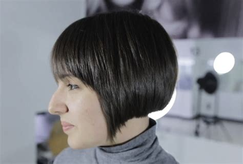 how to put layers in a bob how to cut a bob with layers for thick hair video