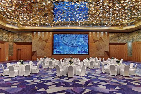 Restaurant Dining Room illuminate lighting design
