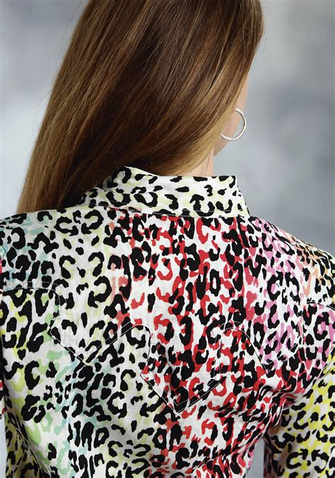 roper womens multi colored leopard print long sleeve snap western show shirt