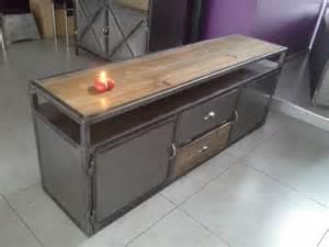 meuble industriel tv vintage acier et bois meubles et