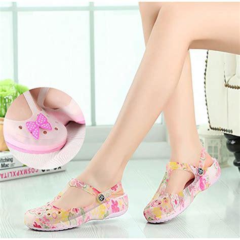 Sandal Crocs Carlie Maryjane Flower Bunga crocs womens carlie flower clog b00relpjky