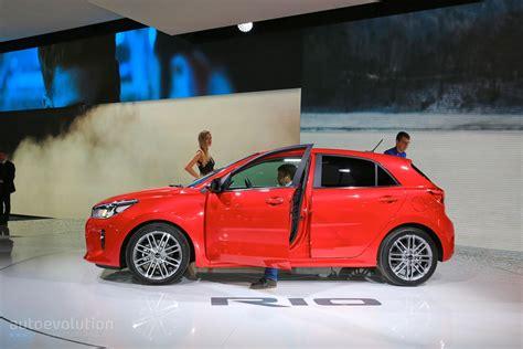 Kia Made 2017 Kia Makes Debut Looks From Both