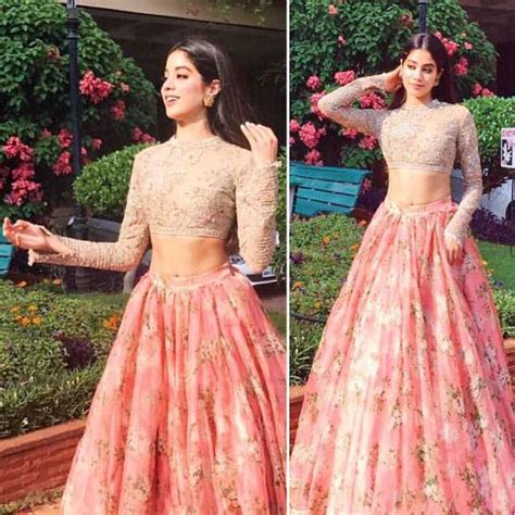 Over The Desk Stories Sridevi S Daughter Jhanvi Looks Like An Indian Princess