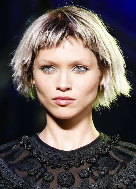 what is the latest hairstyle for 2015 la coupe punk la coiffure tendance par marc jacobs weegora