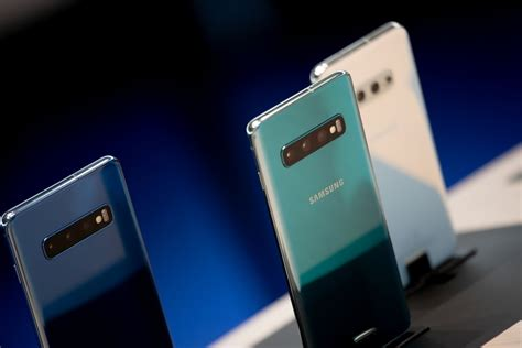 Samsung Galaxy S10 Known Issues by Samsung Galaxy S10 Gets Revised March Update While Sprint Users Receiving Build Piunikaweb