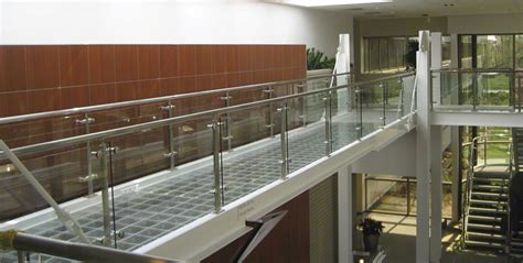 Cr Laurence Handrail p series post railing systems