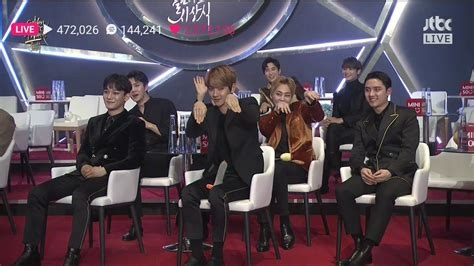 exo golden disk awards 2018 exo members won t stop teasing d o for his wave at the
