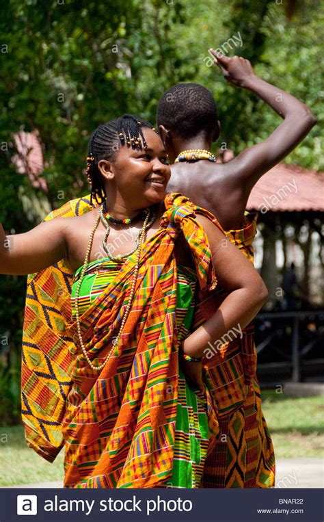 ghana african traditional outfit africa ghana accra la palm beach hotel traditional