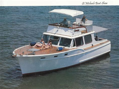 cabin boats for sale cabin cruiser ladyben classic wooden boats for sale