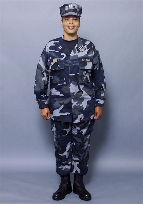 navyuniformmatters the navy uniform matters office is to maintain navy nwu uniform regulations newhairstylesformen2014 com