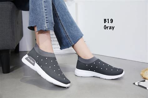 Sepatu Import Wanita Jw6131 Black jual sepatu wanita slip on import termurah harga sepatu wanita slip on grosir sepatu branded
