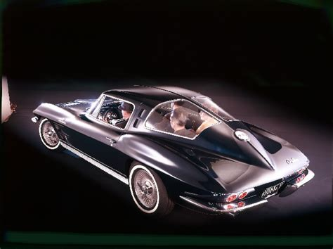 info on the 1963 4 seat coupe corvette
