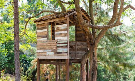 Cabane Arbre Enfant by Cabane Dans Les Arbres La Pause Jardin Ma Cabane Dans