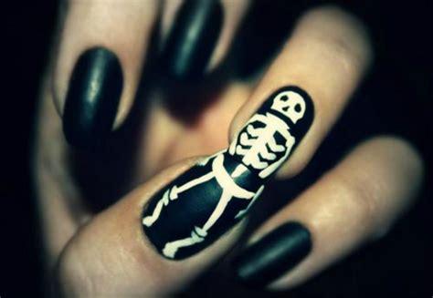 Skeleton Nail