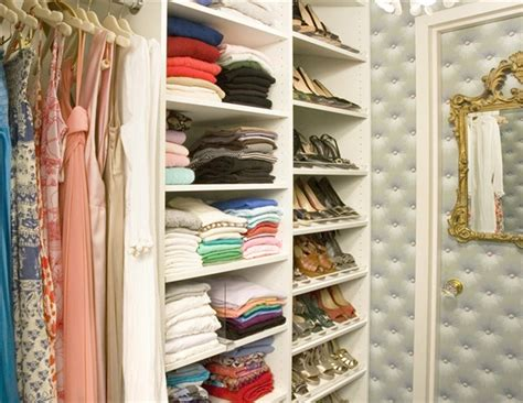 Closet Decorating by
