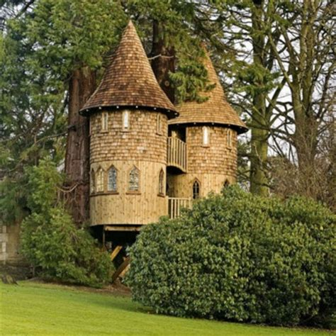 Cottage Castle by Castle Tree House Houses