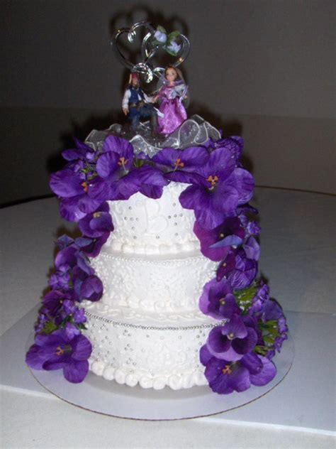 Silk Flower Wedding Cake by White Wedding Cake With Purple Silk Flowers Cakecentral