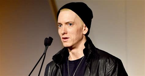 eminem beard eminem has a beard now looks totally different websfeed com