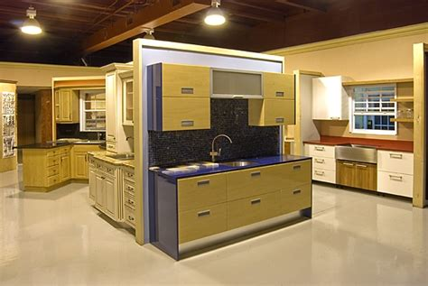 great kitchen cabinets kitchen cabinet showroom great kitchen designs all wood