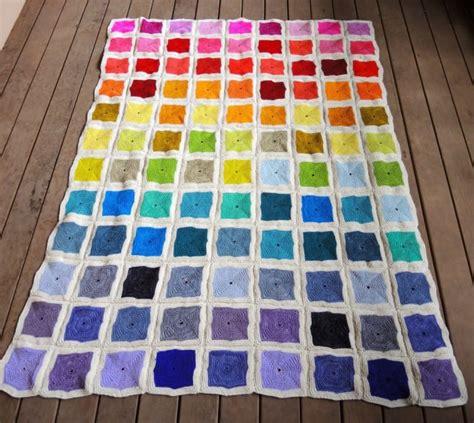 quadrate patchwork decke häkeln patchworkdecke stricken aus bunten quadraten