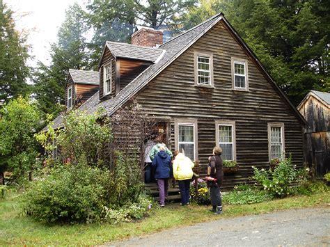 tiny house new england touring corgi cottage alaskan in new england