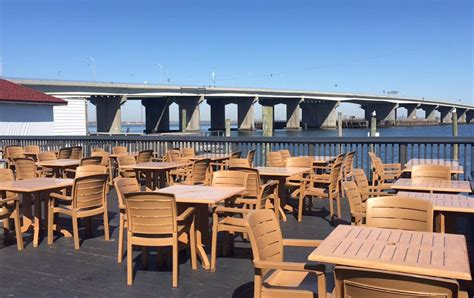 the bungalow restaurant enjoy the sunshine at the 10 best outdoor bars in queens qns com
