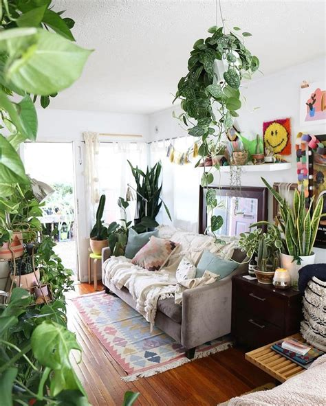 living room with plants 25 best ideas about bohemian living rooms on