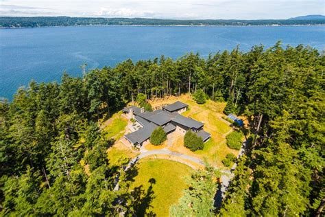 trump island this 29 acre island for sale in washington state is named