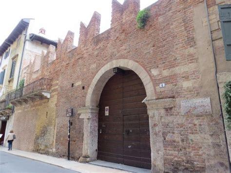 Verona Casa Di Romeo by Photo1 Jpg Photo De Romeo S House Casa Di Romeo