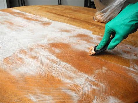 come verniciare un tavolo come restaurare un tavolo restauro come rinnovare un