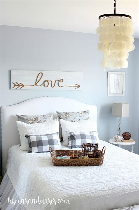 Diy Bedroom Wall Decor Ideas by 39 Best Diy Rustic Home Decor Ideas And Designs For 2017
